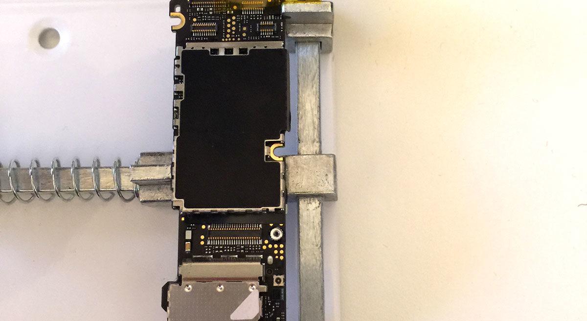 iPhone 4S Wifi reflowing